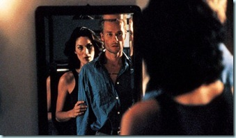 memento-2000-carrie-guy